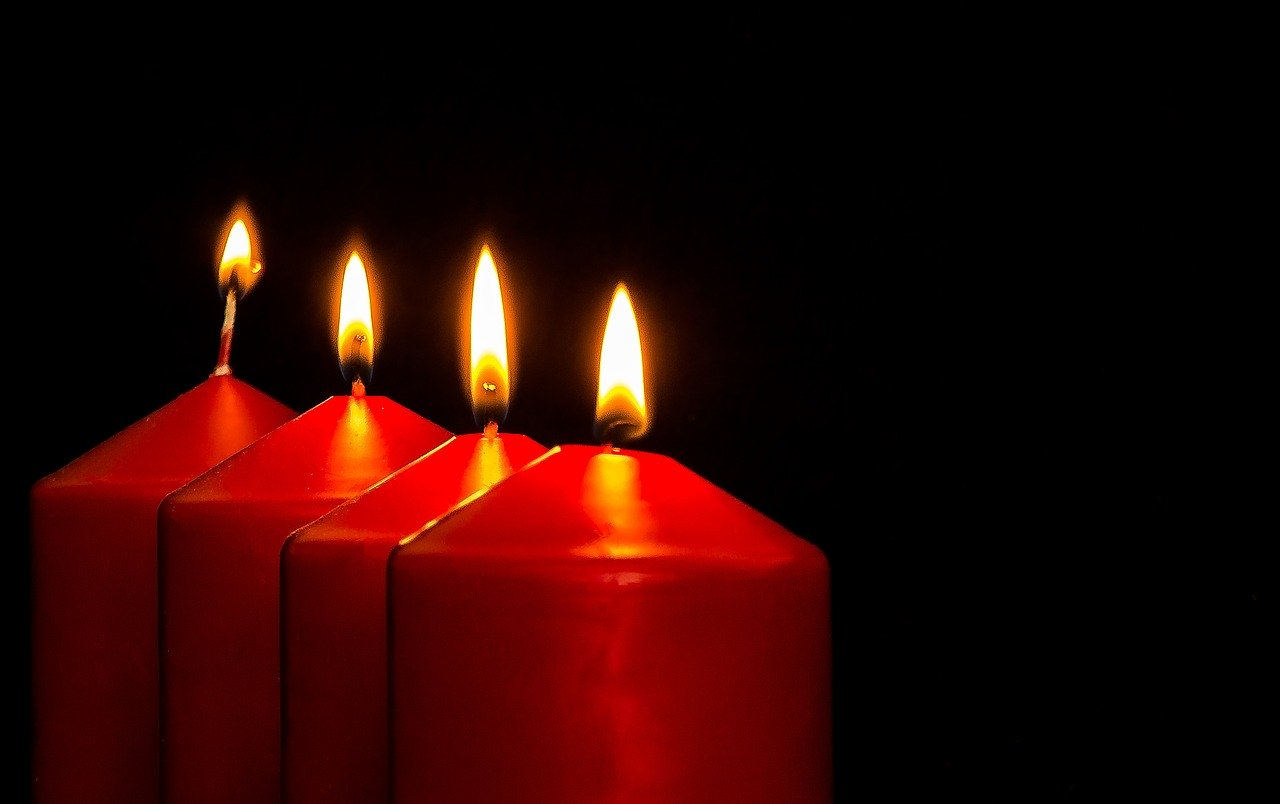 Easy Red Candle Love Spells